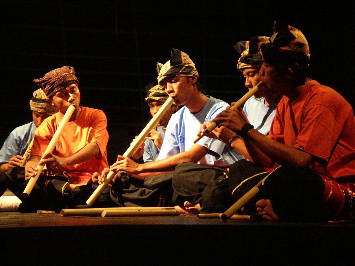 Musik Tradisional Sebagai Al Artikel Musik Indie