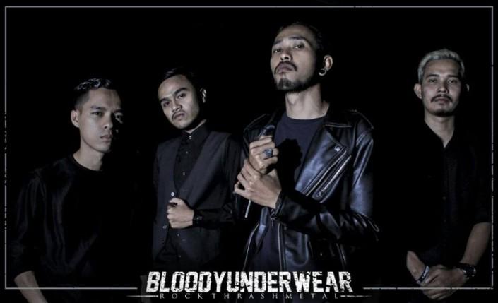 BLOODYUNDERWEAR