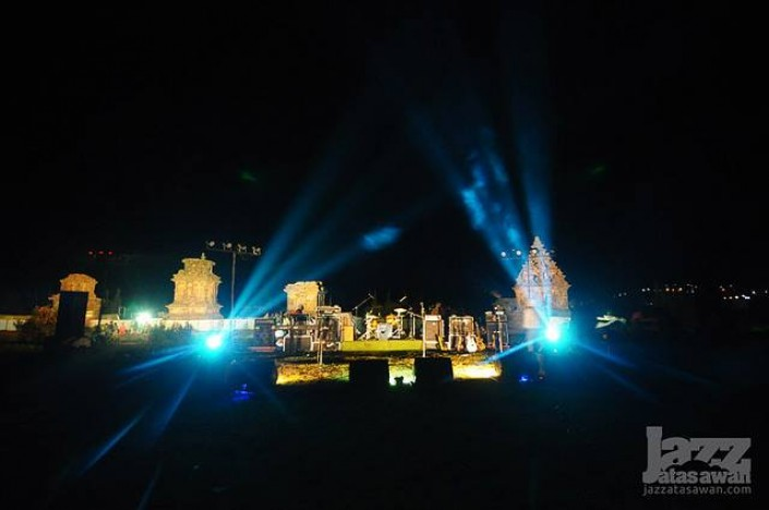 stage - JAZZ ATAS AWAN Dieng Culture Fest #4