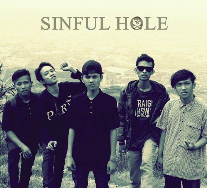 Sinful hole