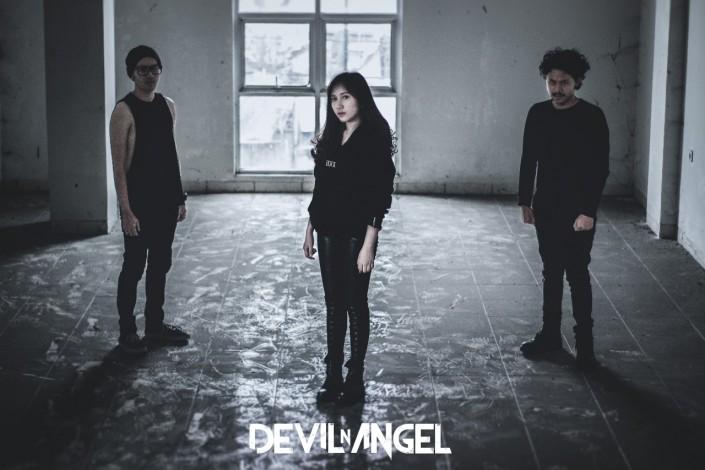 DEVIL N ANGEL