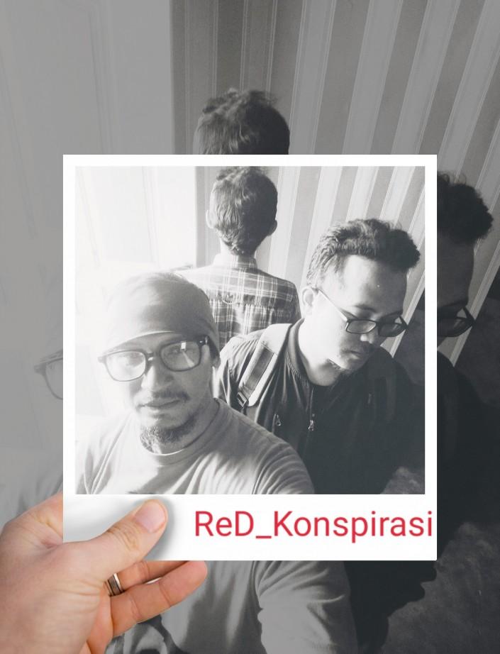 Red Konspirasi