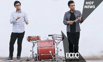 Aksi Dua Drum yang Berkolaborasi Dengan Drummer Punk