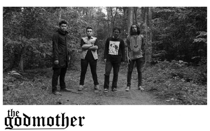 Upacara Penutup Akhir Tahun Ala The Godmother