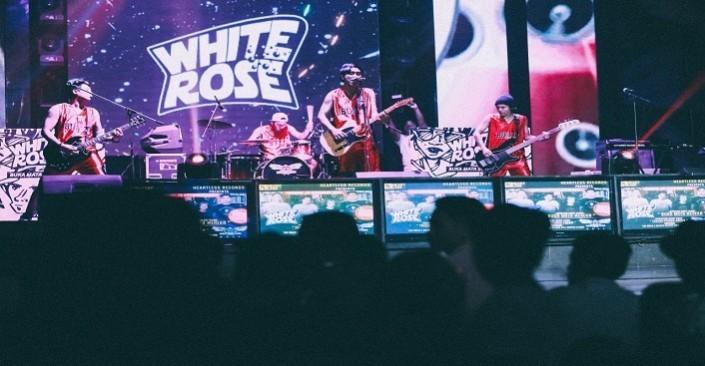 White Rose Rilis Klip Perdana Dari Single 'Takkan Pernah Padam'