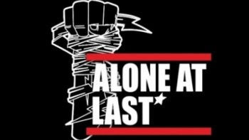 Athink : Untuk Jadi Vokalis Alone At Last Harus Punya Attitude dan Sikap