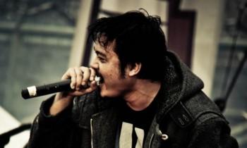 Surat pengunduran resmi Yas Budaya sebagai vokalis Alone At Last*